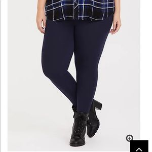 Nwt Torrid size 0 Navy High Waist Knit Leggings